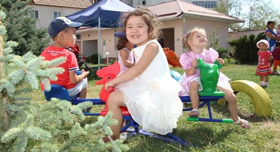 Дети в детском садике Бишкека