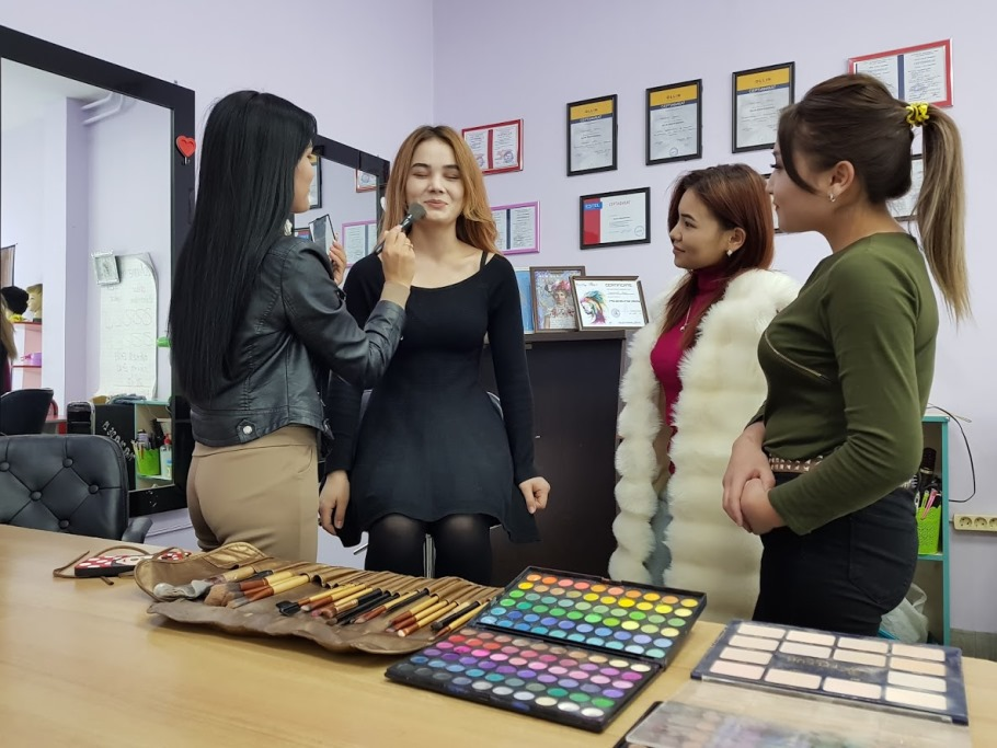 Курсы косметолога-визажиста